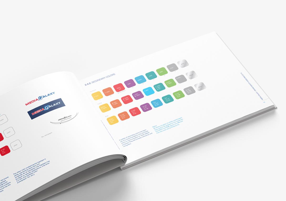 brand book paleta culori