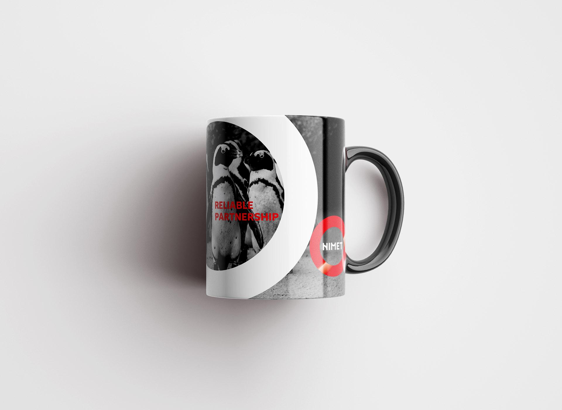 NIMET portofoliu inoveo mug